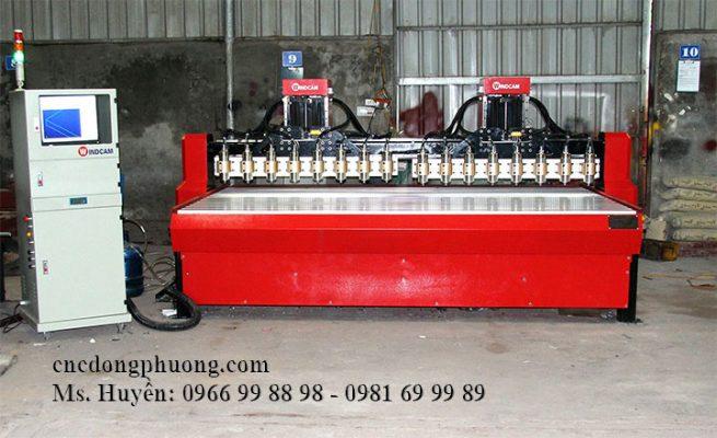 máy cnc đục gỗ 16 đầu 2 trục Z khổ 3m2 x 1m7