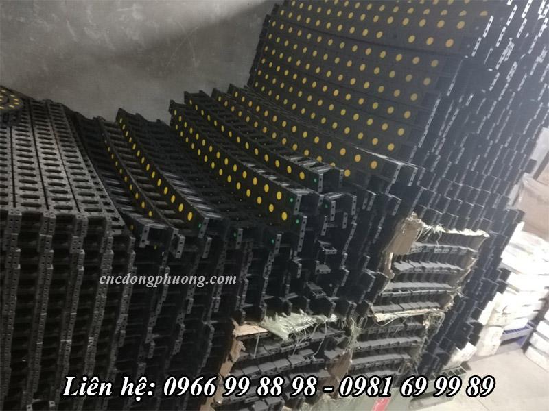 dây xích nhựa công ty Đông Phương