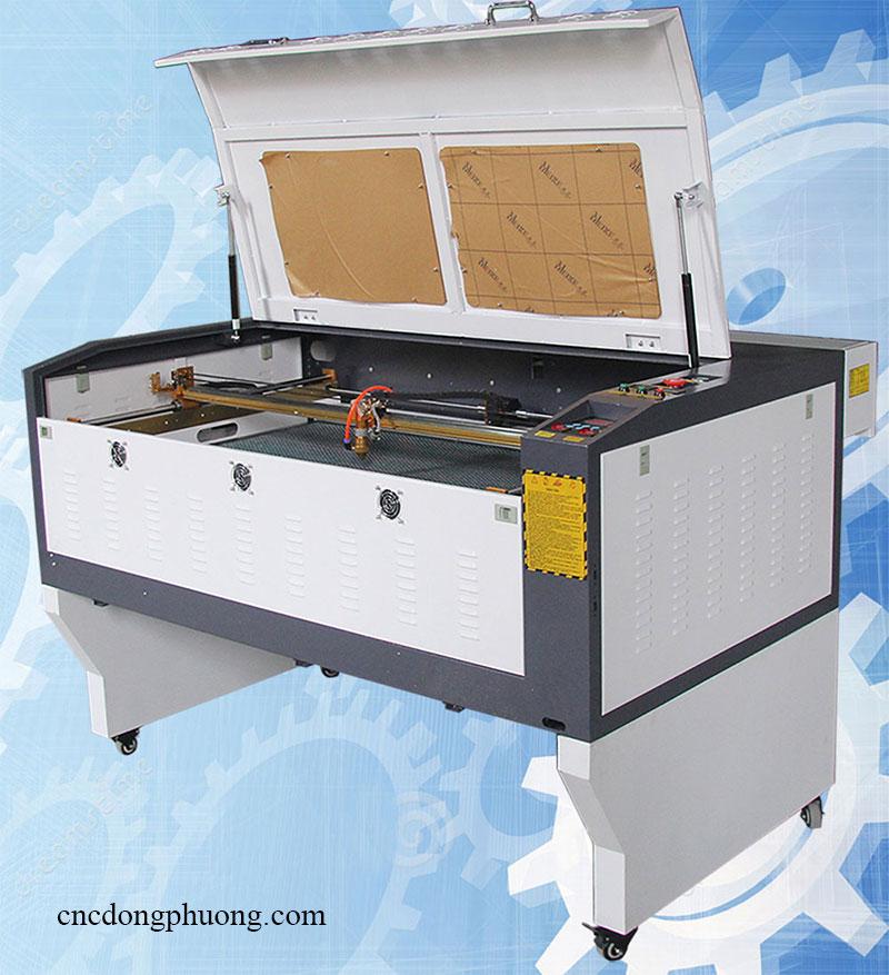 máy khắc laser CO2 1060 hiện đại