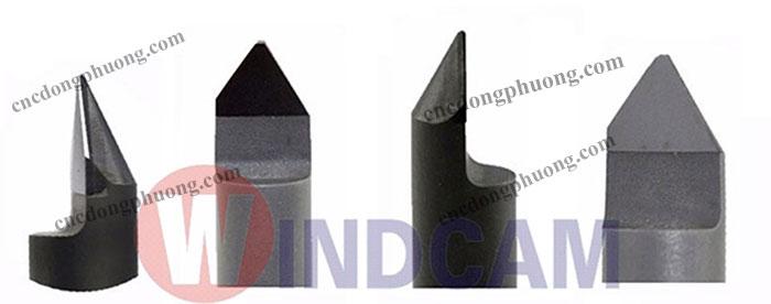 Mũi dao khắc đá có gắn hợp kim