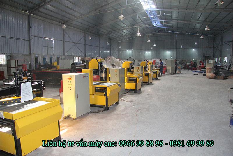 xưởng sản xuất máy của công ty Đông Phương Hà Nội