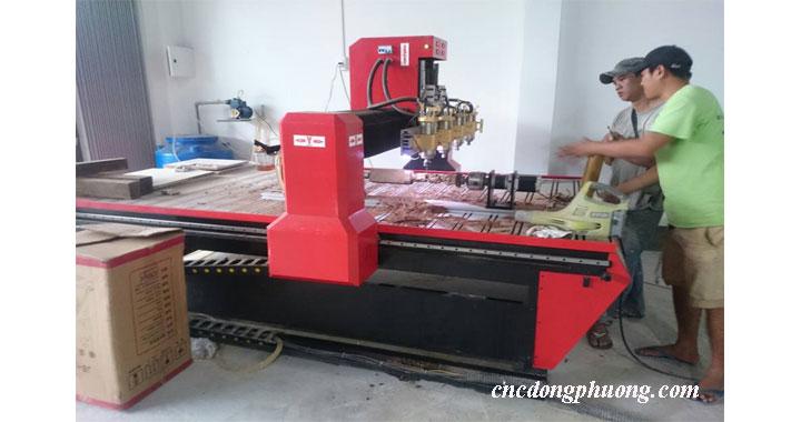 Các cơ sở mộc tại An Giang, Sóc Trăng tin dùng máy điêu khắc gỗ Đông Phương5