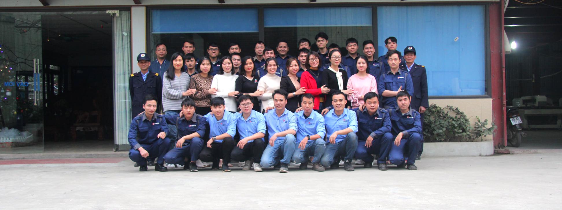 Đội ngũ nhân viên công ty Đông Phương